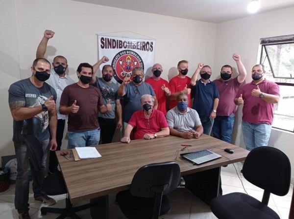 BOMBEIROS CIVIS DO PARANÁ ELEGEM SUA NOVA DIRETORIA DO SINDICATO